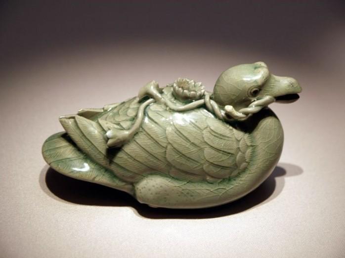 goreyo celadon bird