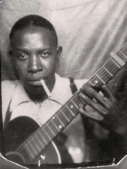 This image has an empty alt attribute; its file name is robertjohnson.jpg